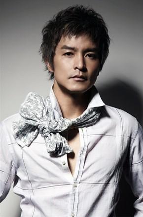 演员李铭顺