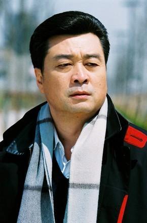 演员陈逸恒